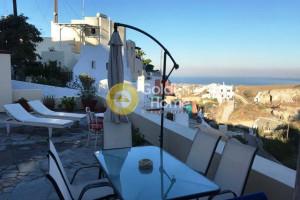 Residence-350-sqm-Santorini-(Cyclades)-720.000-euro | Golden Home Real Estate