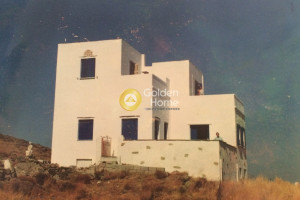 Residence-200-sqm-Tinos-(Cyclades)-1.000.000-euro | Golden Home Real Estate