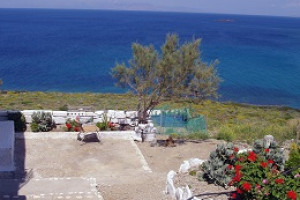 Residence-117-sqm-Ios-(Cyclades)-280.000-euro | Mesitiko Fragkioudaki (www.ExcellentGreece.com)