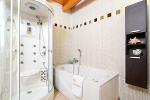 Haus-400-sqm-Koropi-(Athen-Ost)-2.000.000-euro   ARPON Kataskevastiki Ltd