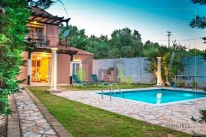 Residence-130-sqm-Kefalonia-City-(Kefalonia-Prefecture)-350.000-euro | e-mesitis.gr