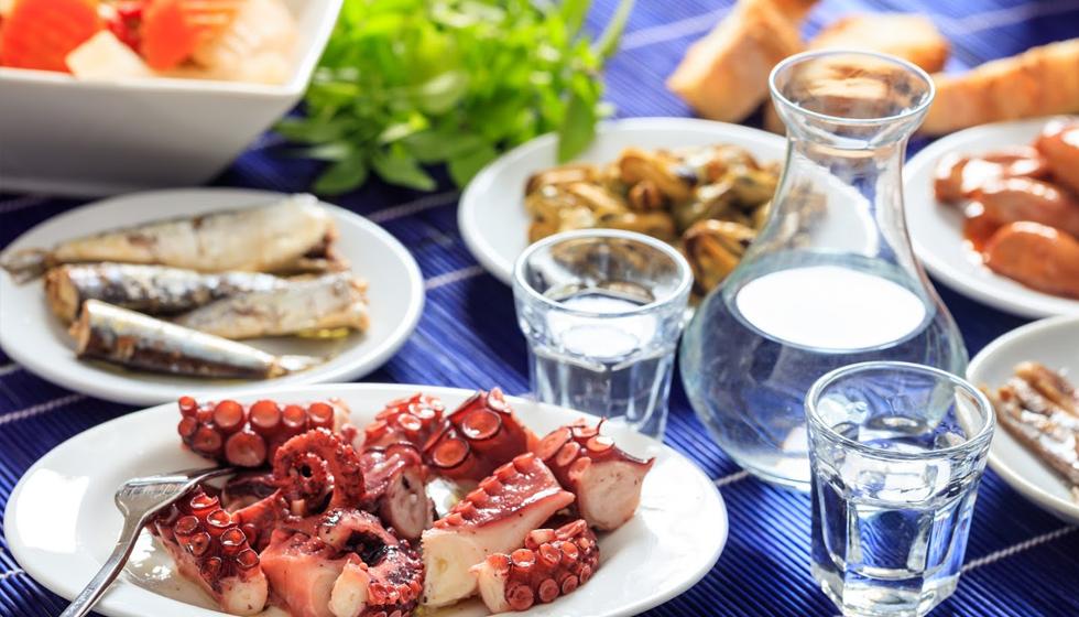 Essen und Trinken in Griechenland