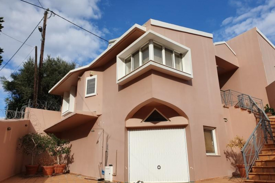 Residence, 203m², Evrostini (Korinthia), 250.000 € | Argolida Real Estate