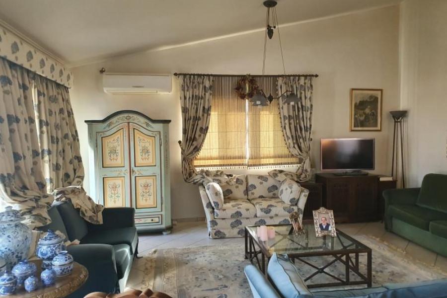 Haus, 203m², Evrostini (Korinthia), 250.000 €   Argolida Real Estate