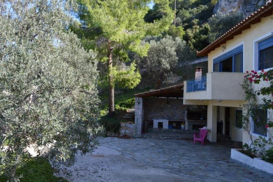 Haus, 300m², Solygeia (Korinthia), 890.000 €   Argolida Real Estate