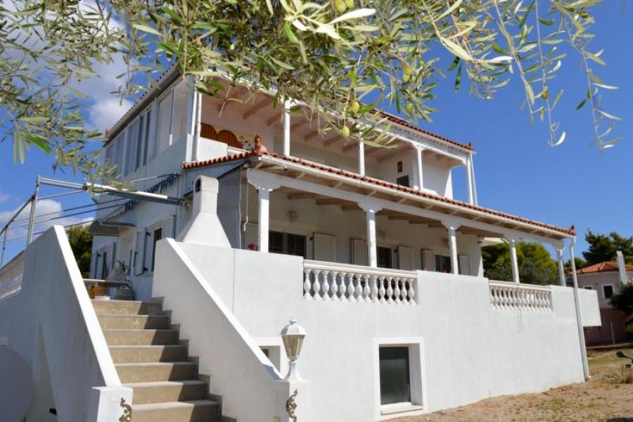 Residence, 240m², Kranidi (Argolida), 190.000 € | Argolida Real Estate