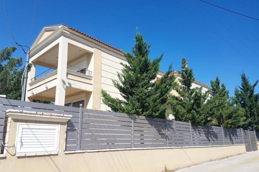 Residence, 450m², Nea Tiryntha (Argolida), 550.000 € | Argolida Real Estate