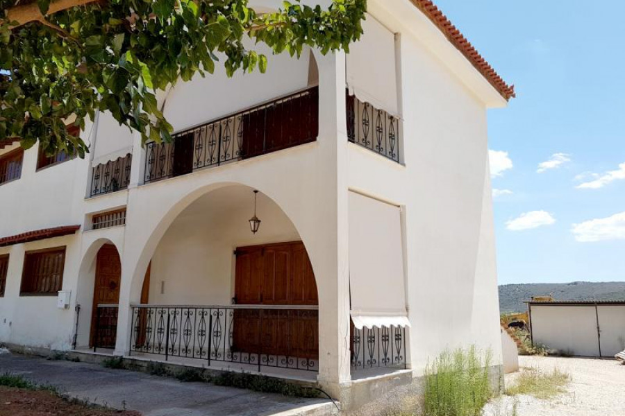 Residence, 204m², Asini (Argolida), 290.000 € | Argolida Real Estate