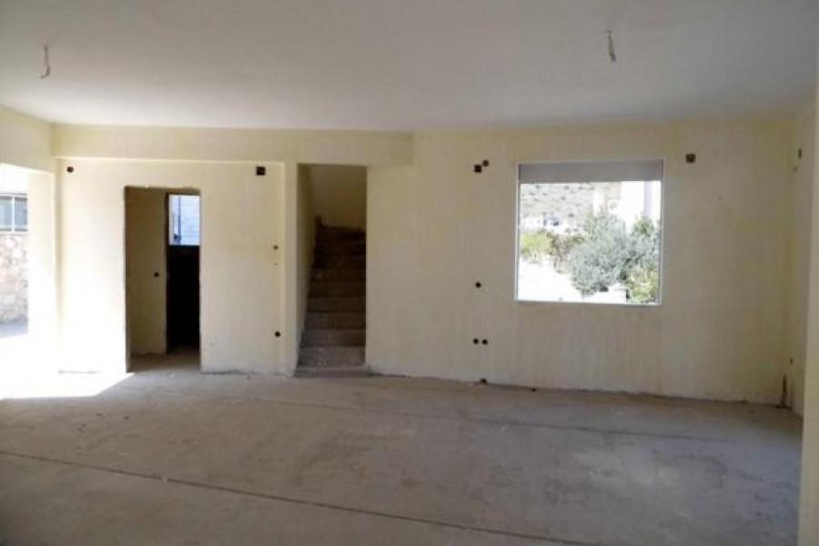 Residence, 203m², Asini (Argolida), 185.000 € | Argolida Real Estate