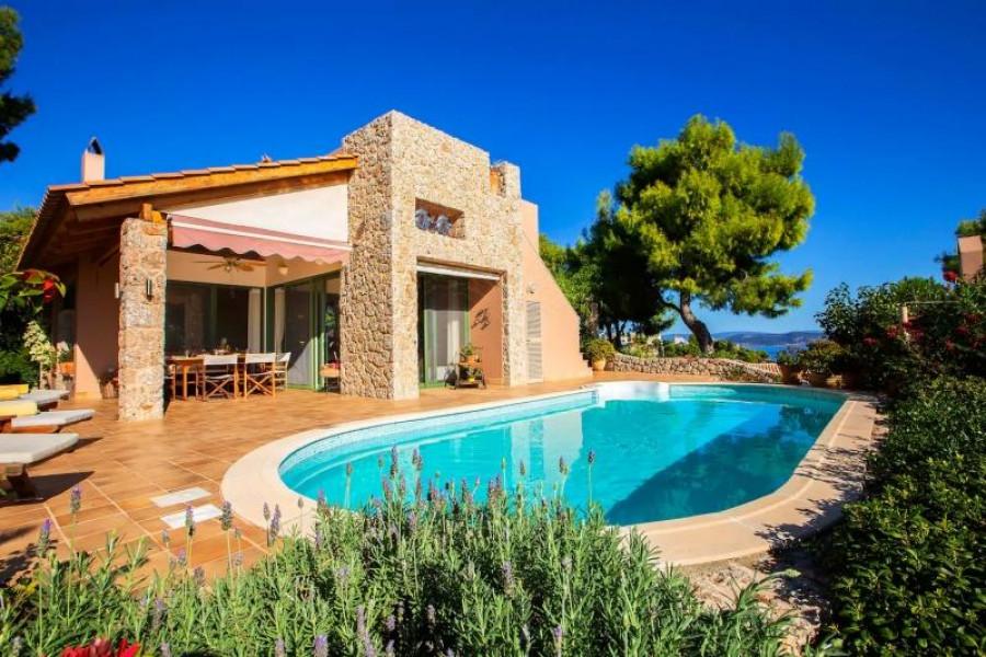 Residence, 240m², Kranidi (Argolida), 950.000 € | Argolida Real Estate