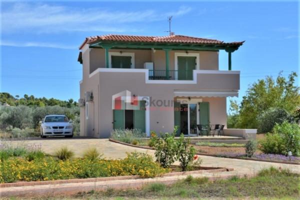 Residence, 106m², Kranidi (Argolida), 230.000 € | Skouras Real Estate