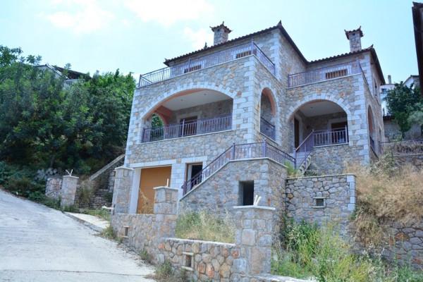 Residence, 196m², Apollonas (Arkadia), 330.000 € | Skouras Real Estate