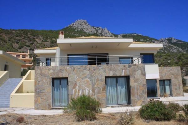 Residence, 220m², Loutraki-Perachora (Korinthia), 350.000 € | Skouras Real Estate