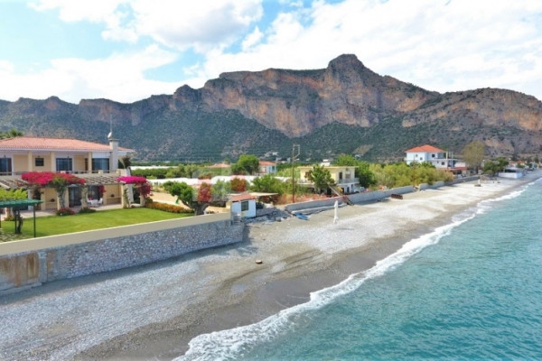 Residence, 592m², Leonidio (Arkadia), 1.150.000 € | Skouras Real Estate