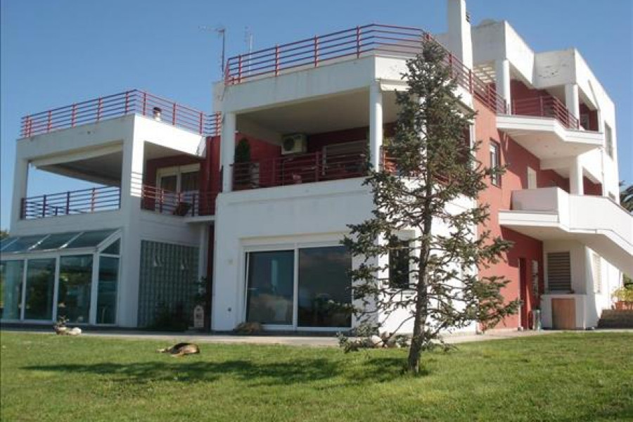Apartment, 235m², Mikra (Thessaloniki - Suburbs around city center), 300.000 € | Grekodom Development