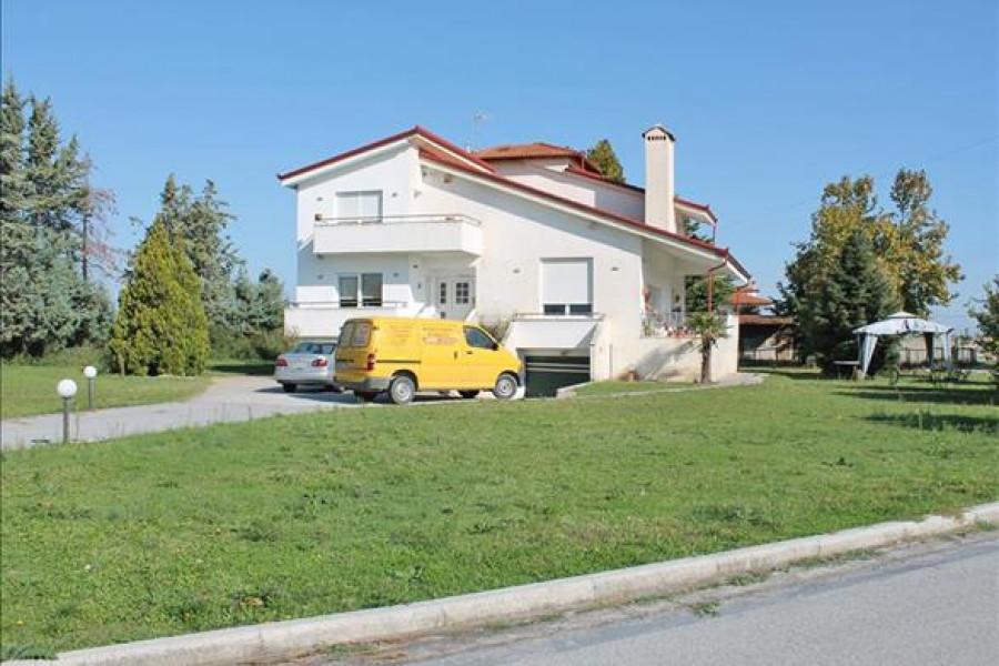 Residence, 350m², Katerini (Pieria Prefecture), 400.000 € | Grekodom Development