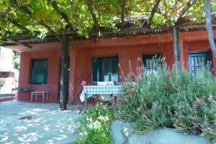 Residence, 160m², Mouresi (Pelio), 350.000 € | Grekodom Development
