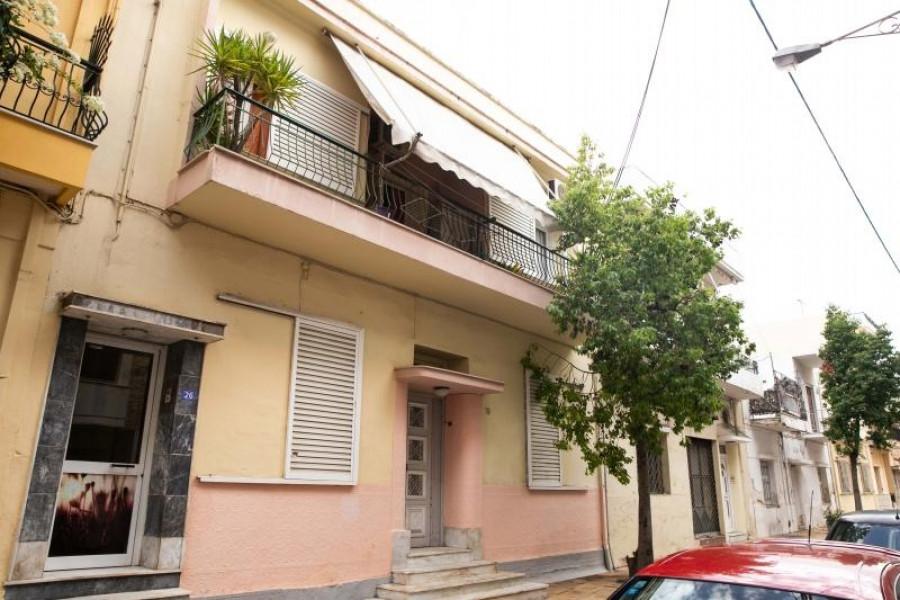 Residence, 216m², Drapetsona (Piraeus Suburbs), 115.000 €   REMAX Domi