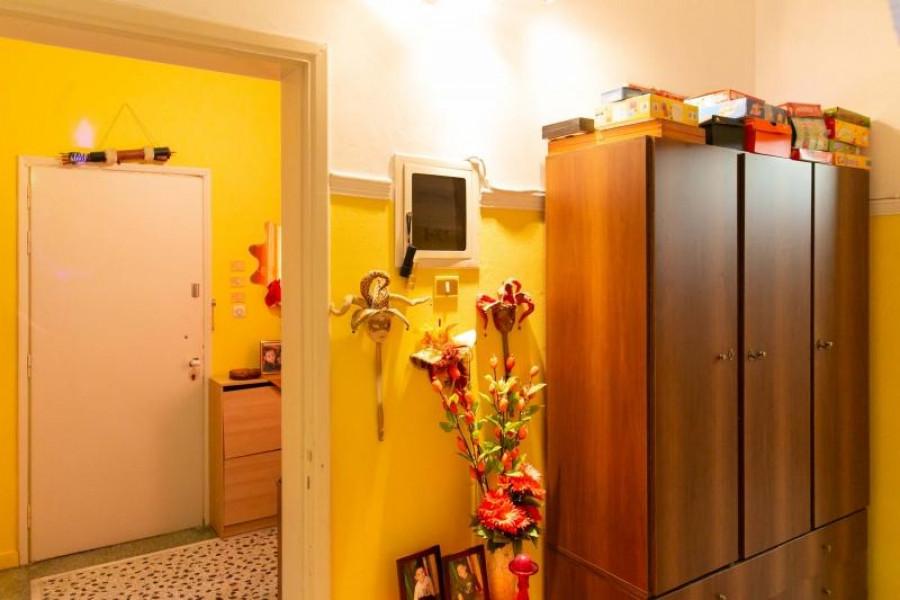 Residence, 216m², Drapetsona (Piraeus Suburbs), 115.000 € | REMAX Domi