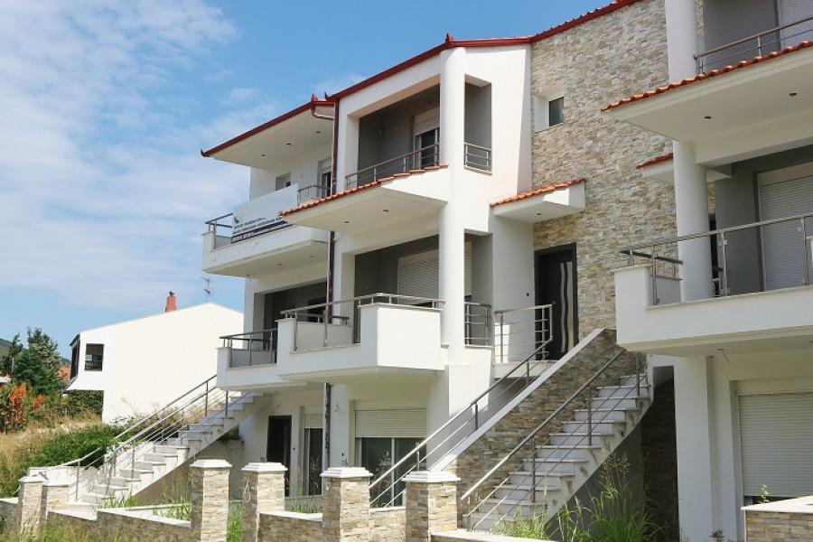 Residence, 170m², Oraiokastro (Thessaloniki - Suburbs around city center), 200.000 € | Land Sea Properties