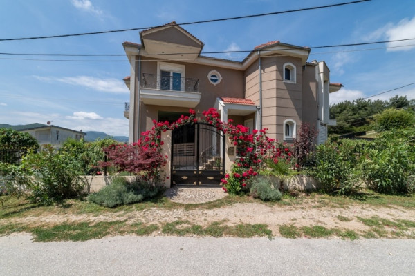 Residence, 334m², Filippoi (Kavala Prefecture), 265.000 € | REMAX CHOICE