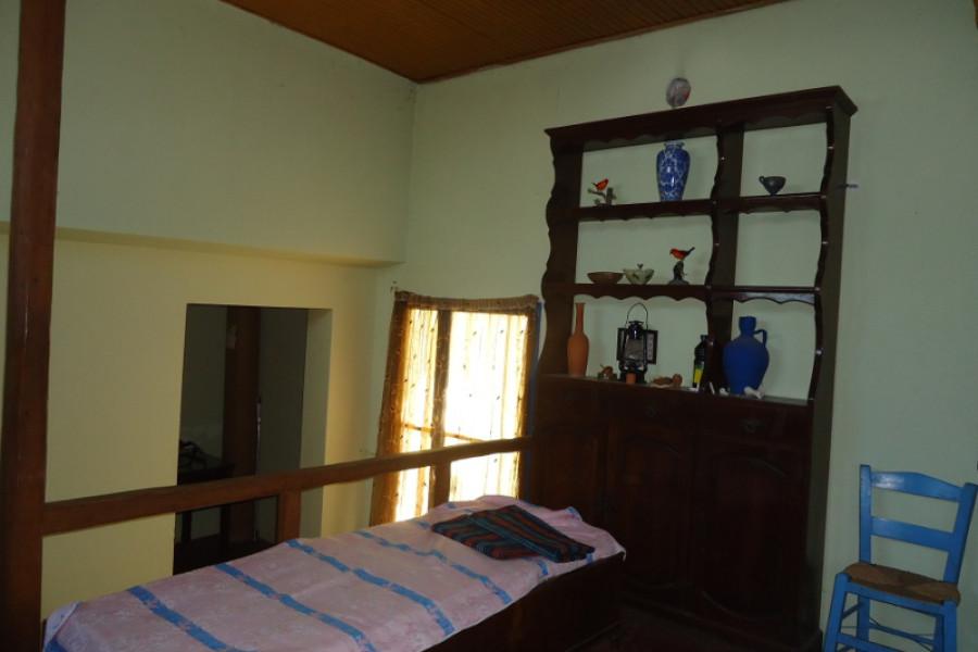 Residence, 89m², Kefalonia-City (Kefalonia Prefecture), 85.000 €   COSMOS PROPERTIES