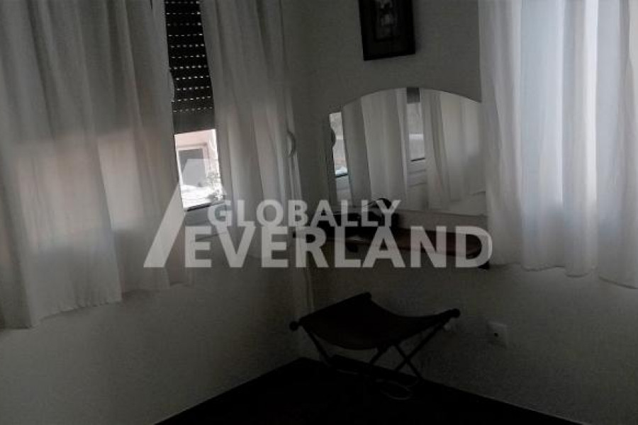 Residence, 240m², Alimos (South Athens), 800.000 € | GLOBALLY EVERLAND