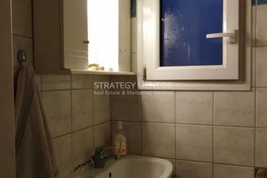 Haus, 100m², Agios Eleftherios - Prompona - Rizoupoli (Athen Zentrum), 125.000 € | Strategy Mentor