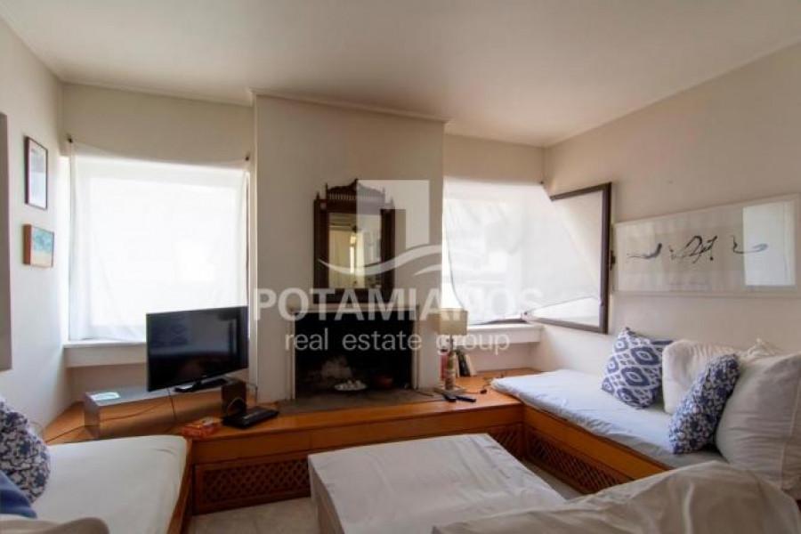 Residence, 211m², Alimos (South Athens), 800.000 €   Potamianos Real Estate Group