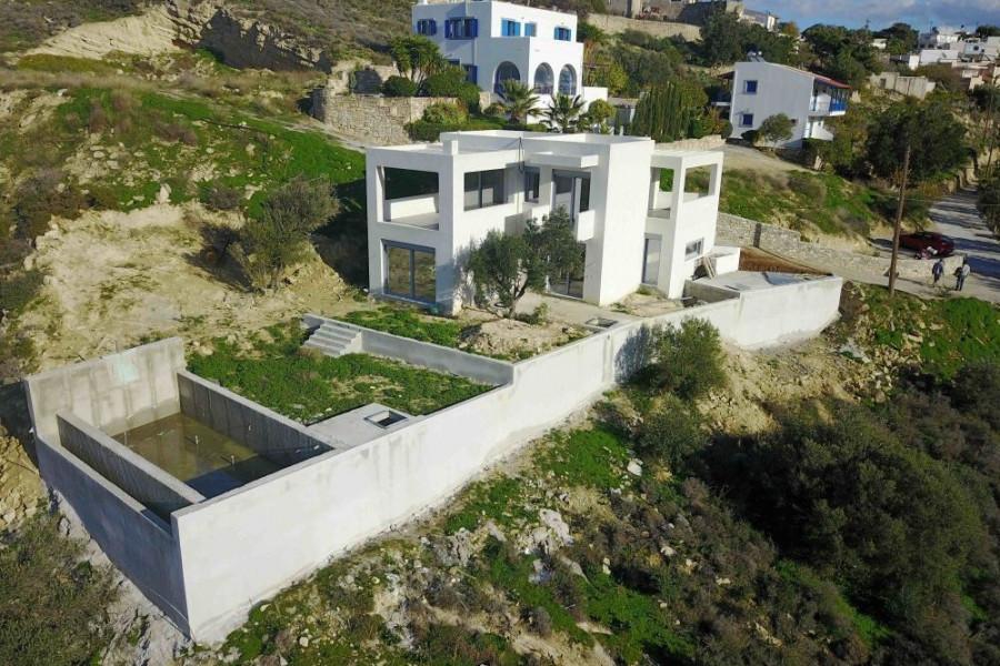 Residence, 150m², Nea Alikarnassos (Heraklion Prefecture), 390.000 €   Cretaestate