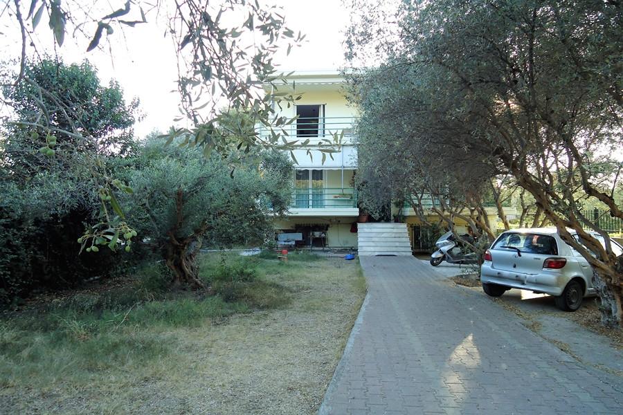 Residence, 300m², Patra (Achaia), 300.000 €   SN Real Estate