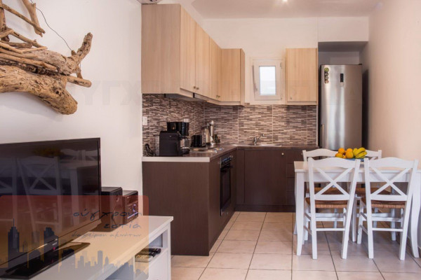 Residence, 300m², Andros (Cyclades), 900.000 € | SYGXRONI ESTIA