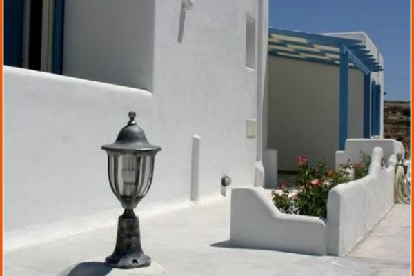 Residence, 420m², Milos (Cyclades), 750.000 € | Zirogiannis Real estate