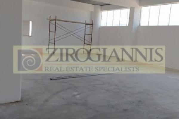 Gewerbe-Immobilie, 1000m², Markopoulo (Attika - Restliche Gemeinden), 5.000 €   Zirogiannis Real estate