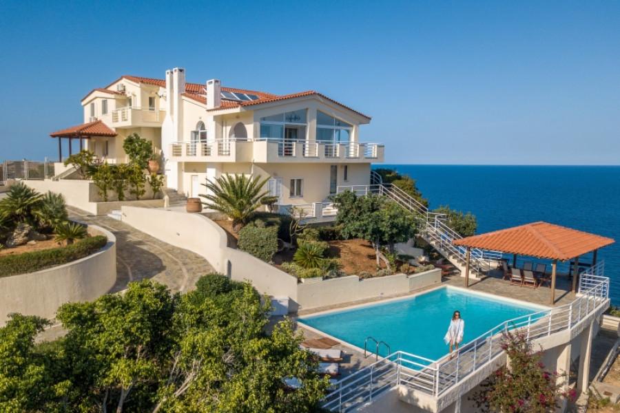 Haus, 480qm, Gazi (Heraklion Präfektur), 4.000.000 € | GIAKOUMAKIS REAL ESTATE