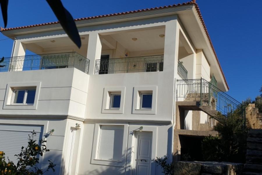 Haus, 176qm, Archanes (Heraklion Präfektur), 500.000 € | GIAKOUMAKIS REAL ESTATE
