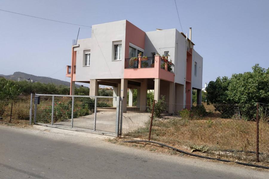 Haus, 260qm, El. Venizelos (Chania Präfektur), 250.000 €   CONTRACT Real Estate