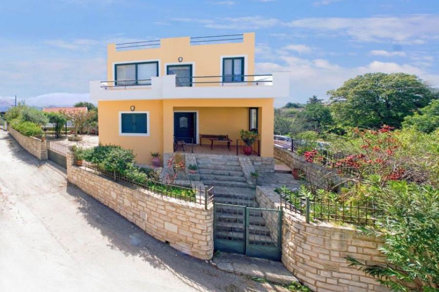 Haus, 103qm, Keramia (Chania Präfektur), 230.000 €   CONTRACT Real Estate