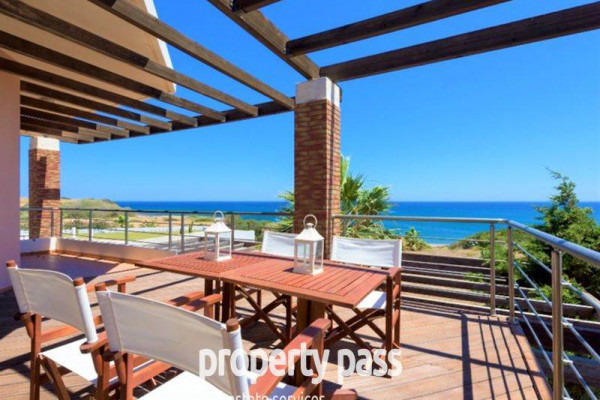 Residence, 254m², Rodos (Dodecanese), 970.000 €   PROPERTY PASS