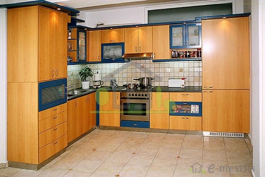 Residence, 250m², Patra (Achaia), 345.000 € | e-mesitis.gr